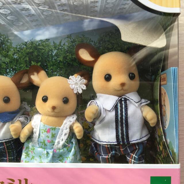 EPOCH(エポック)のシルバニアファミリー シカファミリー 新品未使用 4体セット 送料無料 キッズ/ベビー/マタニティのおもちゃ(ぬいぐるみ/人形)の商品写真