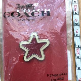 コーチ(COACH)のCOACH コーチ ピンバッジ 新品未使用(バッジ/ピンバッジ)