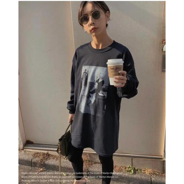 Ameri VINTAGE(アメリヴィンテージ)のAmeri VINTAGE RELAX MARILYN MONROE ブラック レディースのトップス(Tシャツ(長袖/七分))の商品写真
