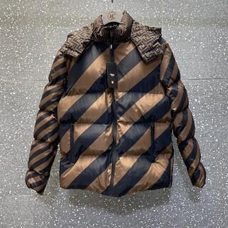 FENDI - 冬人気品 FENDIフェンディ ダウンジャケット コート メンズ 素敵