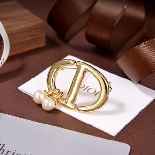ディオール(Dior)のDIORレディースブローチ(ブローチ/コサージュ)