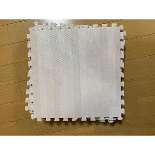 ニトリ(ニトリ)のジョイントマット 白 30cm×30cm 9枚(フロアマット)
