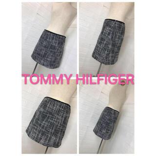 トミーヒルフィガー(TOMMY HILFIGER)のTOMMY HILFIGER サイズ4 黒白ツイードミニスカ (ミニスカート)