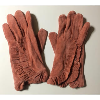 アナスイ(ANNA SUI)の新品ミニマムサーモンピンクスエード手袋 グローブ防寒冬雪小物(手袋)
