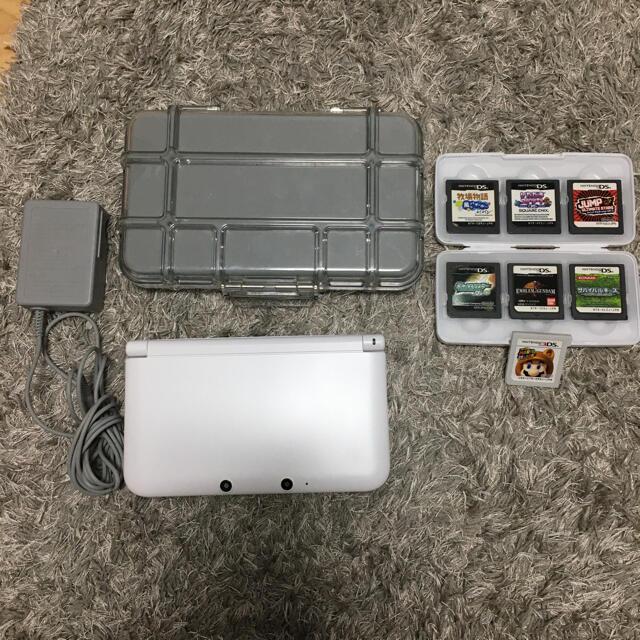 任天堂(ニンテンドウ)の3DS LL 本体充電器メタルケースカセットセット エンタメ/ホビーのゲームソフト/ゲーム機本体(携帯用ゲーム機本体)の商品写真