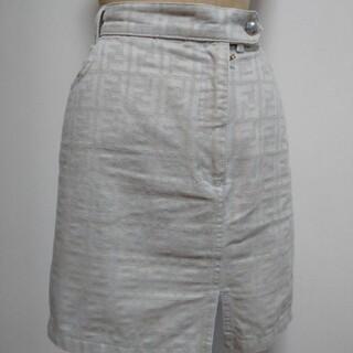 フェンディ(FENDI)のフェンディ ズッカ柄 薄いベージュ色 ミニスカート(ミニスカート)