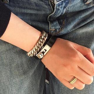シンゾーン(Shinzone)のkelly leather braceret(ブレスレット/バングル)