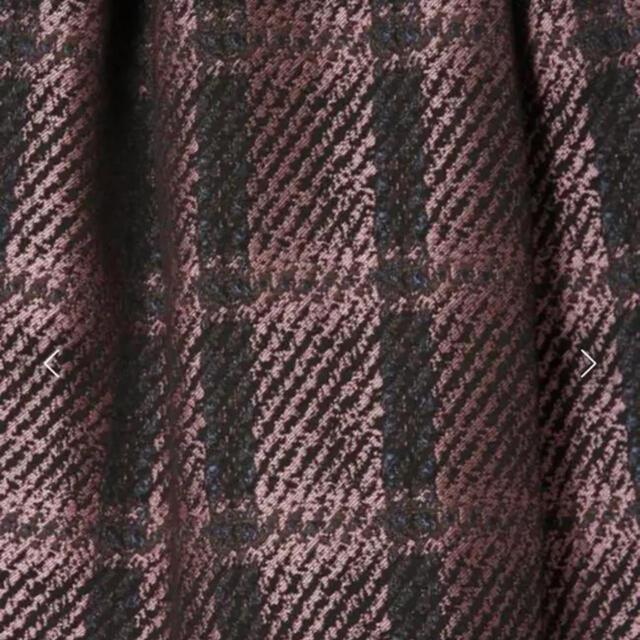 GRACE CONTINENTAL(グレースコンチネンタル)のグレースコンチネンタル   チェックジャガードタックスカート レディースのスカート(ひざ丈スカート)の商品写真