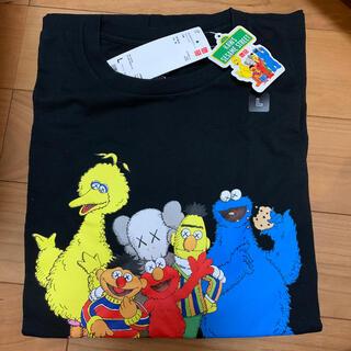 UNIQLO - KAWSユニクロTシャツ L 黒