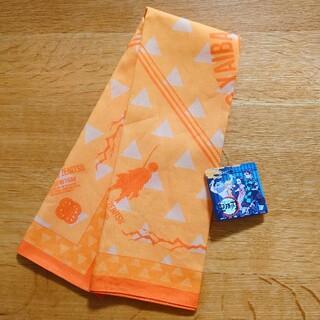 ジーユー(GU)の【新品】GU 鬼滅の刃 善逸 バンダナ   オレンジ(バンダナ/スカーフ)