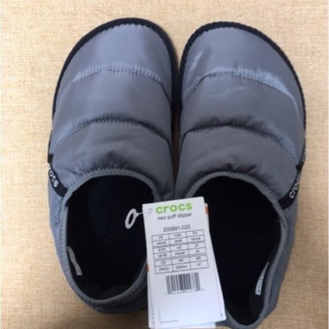 crocs(クロックス)の正規購入 タグ付き  クロックス  ルームシューズ  W8  24cm レディースの靴/シューズ(サンダル)の商品写真