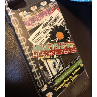 ピースマイナスワン(PEACEMINUSONE)の iPhone8 スマホケース(iPhoneケース)