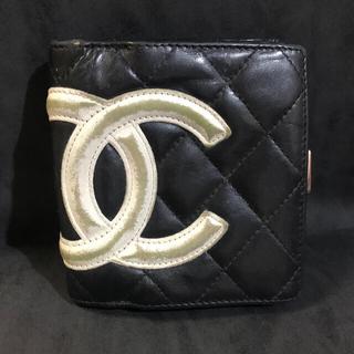 CHANEL - シャネル二つ折り財布
