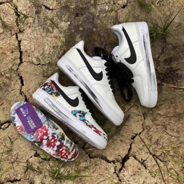 NIKE(ナイキ)の【27.5cm】 ピースマイナスワン × ナイキ エアフォース 1 パラノイズ メンズの靴/シューズ(スニーカー)の商品写真