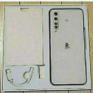 ラクテン(Rakuten)のRakuten BIG ホワイト5G  (eSIM専用端末)ZR01(スマートフォン本体)