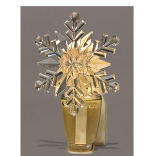 バスアンドボディーワークス(Bath & Body Works)のFrosted Snowflake Nightlight(アロマポット/アロマランプ/芳香器)