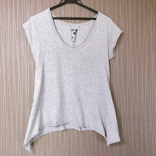 ラグナムーン(LagunaMoon)のラグナムーングレーアシンメトリーTシャツフリーサイズ(Tシャツ(半袖/袖なし))