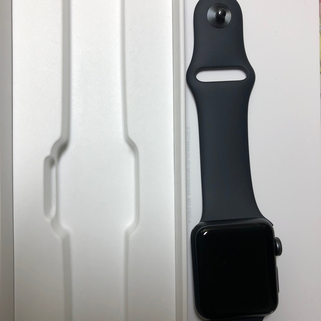 Apple Watch(アップルウォッチ)のアップルウォッチ serias3 38mm メンズの時計(腕時計(デジタル))の商品写真