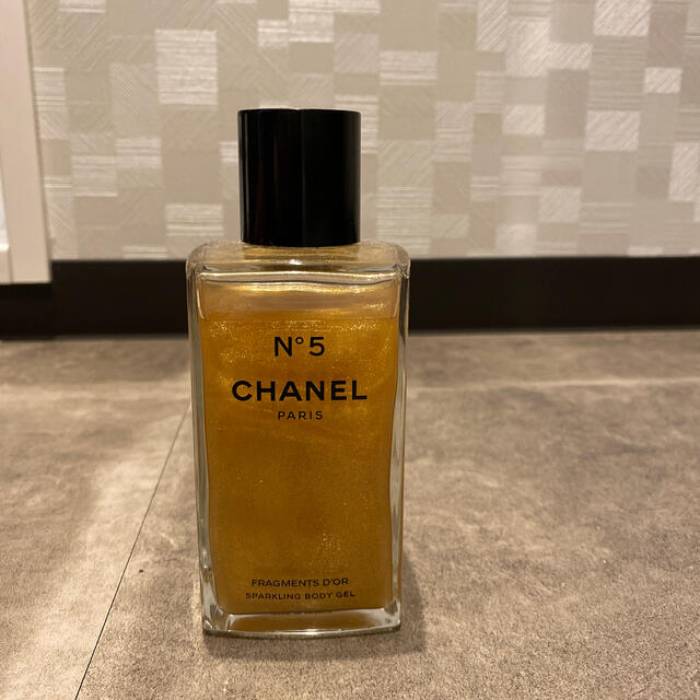 CHANEL(シャネル)のCHANEL ジェルパフューム N°5  コスメ/美容の香水(香水(女性用))の商品写真