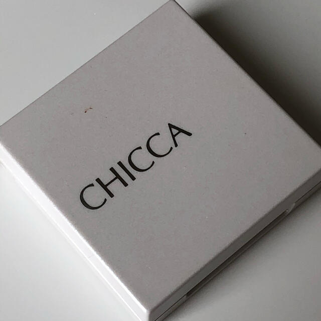 Kanebo(カネボウ)のCHICCA ニュアンスカラーリッド 01 ピンクシェル コスメ/美容のベースメイク/化粧品(アイシャドウ)の商品写真