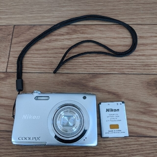 Nikon - デジカメ Nikon coolpix A100