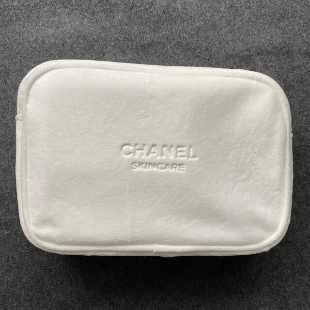 CHANEL(シャネル)のCHANEL シャネル ポーチ  レディースのファッション小物(ポーチ)の商品写真