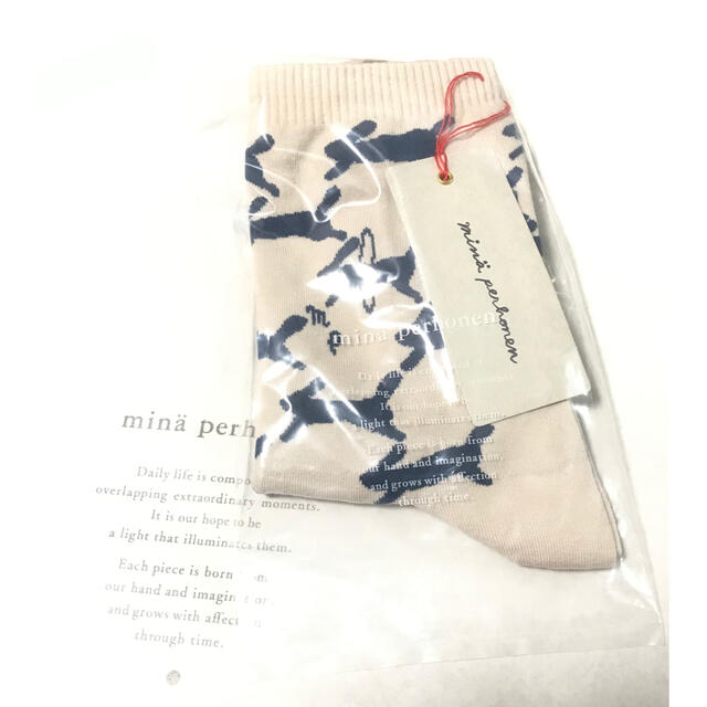 mina perhonen(ミナペルホネン)のミナペルホネン 靴下 レディースのレッグウェア(ソックス)の商品写真
