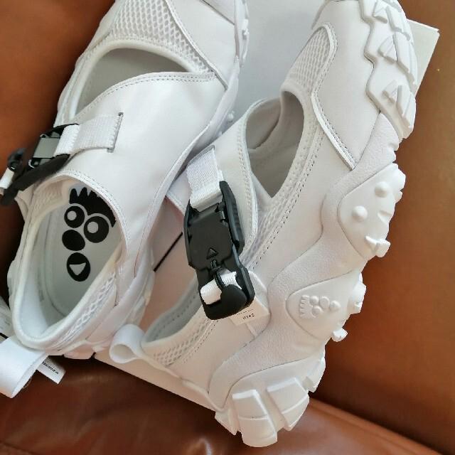 HYKE(ハイク)のHYKE adidasサンダル新品未使用 レディースの靴/シューズ(サンダル)の商品写真