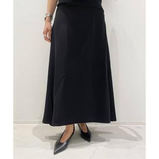 アパルトモンドゥーズィエムクラス(L'Appartement DEUXIEME CLASSE)のアパルトモン BACK SLIT Flare スカート(ロングスカート)