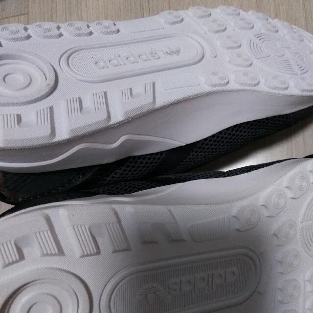 adidas(アディダス)の新品  アディダス オリジナルス ゼットエックス フラックス メンズの靴/シューズ(スニーカー)の商品写真