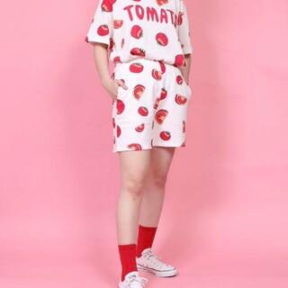 プニュズ(PUNYUS)のプニュズ トマト ショートパンツ(ショートパンツ)
