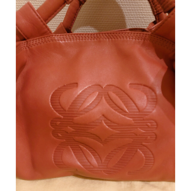 LOEWE(ロエベ)のピピまま様 ロエベ ナッパアイレ ピンク 美品 レディースのバッグ(トートバッグ)の商品写真