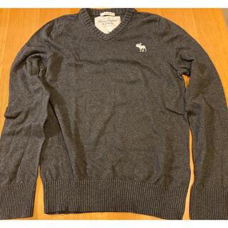 アバクロンビーアンドフィッチ(Abercrombie&Fitch)のアバクロ Vネックセーター(ニット/セーター)