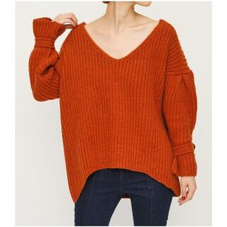 SLY - 【SLY】新品・未使用トップス BUTTON SLEEVE V/N TOPS