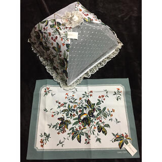 テーブルパラソル、ナプキンセット 新品未使用(テーブル用品)