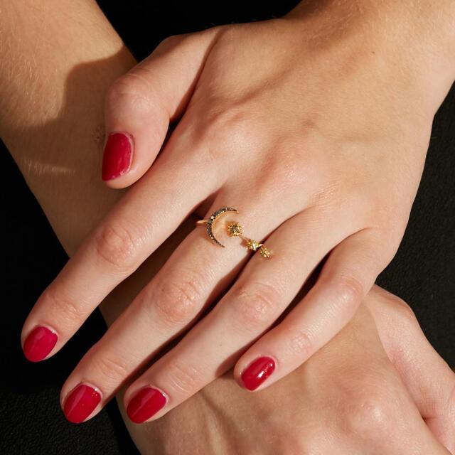 agete(アガット)の美品 ARTIDA OUD ニュームーンスターオープンリング 11号 レディースのアクセサリー(リング(指輪))の商品写真