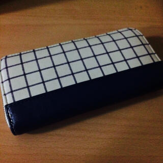イッツデモ(ITS'DEMO)のチェック柄 財布(財布)