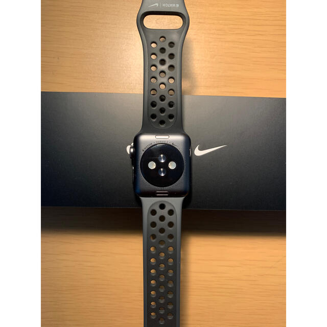 Apple(アップル)のApple Watch SERIES 3  NIKE GPSモデル メンズの時計(腕時計(デジタル))の商品写真