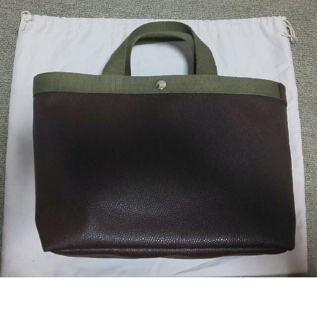 Herve Chapelier(エルベシャプリエ)の【Herve Chapelier】704GP スクエア M モカ レディースのバッグ(トートバッグ)の商品写真