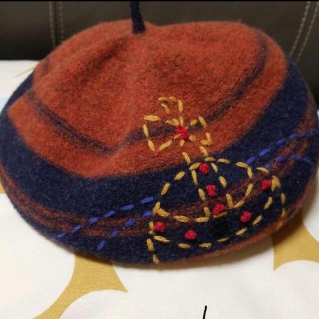 Vivienne Westwood(ヴィヴィアンウエストウッド)のViviennewestwood ベレー帽 レディースの帽子(ハンチング/ベレー帽)の商品写真
