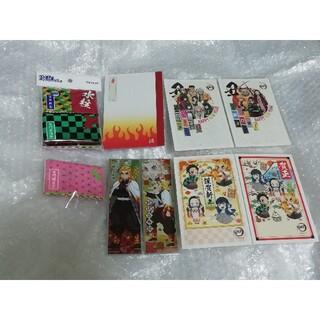 煉獄杏寿郎 年賀状 各1枚、 ポケットティッシュ 5種類 ミニノート セット(キャラクターグッズ)