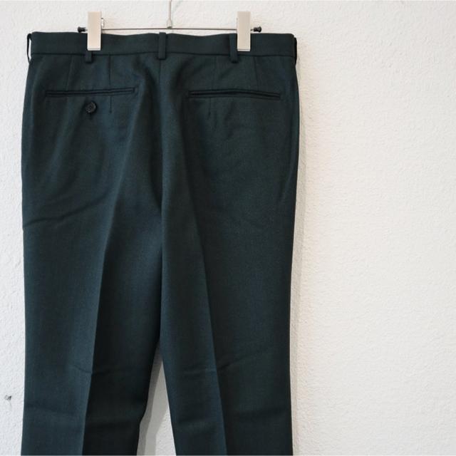 JOHN LAWRENCE SULLIVAN(ジョンローレンスサリバン)のジョンローレンスサリバン ストレート スラックス グリーン 46 メンズのパンツ(スラックス)の商品写真