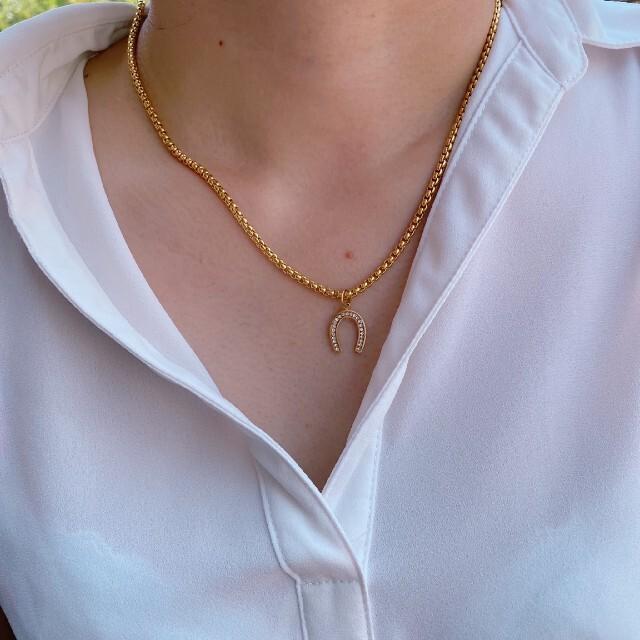 ホースシュー 馬蹄ネックレス ステンレスネックレス マリアチェーン ゴールド メンズのアクセサリー(ネックレス)の商品写真