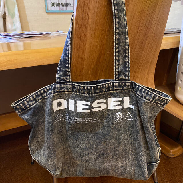 DIESEL(ディーゼル)のDIESEL バッグ(あやまん様専用) レディースのバッグ(トートバッグ)の商品写真