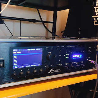 Fractal Audio Systems Axe-Fx III +純正ケース(ギターアンプ)