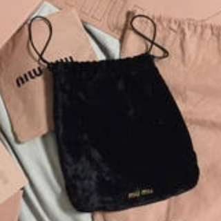 miumiu - miumiu ベロア 巾着バッグ