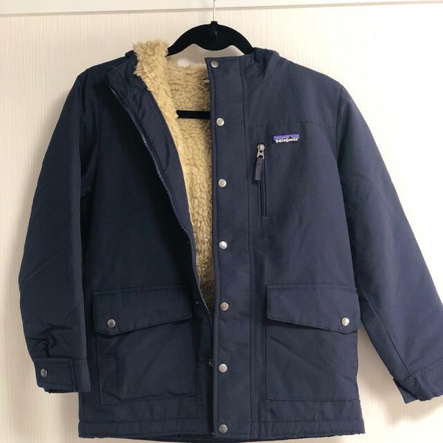 patagonia(パタゴニア)のパタゴニア ボーイズインファートジャケット Mサイズ キッズ/ベビー/マタニティのキッズ服男の子用(90cm~)(ジャケット/上着)の商品写真