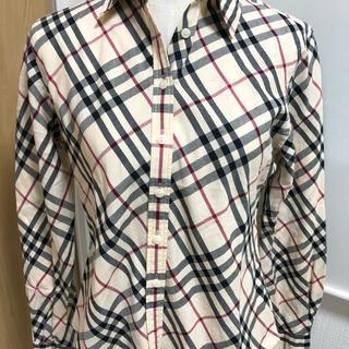 バーバリー(BURBERRY)のバーバリーノバチェク柄シャツです。美品(シャツ/ブラウス(長袖/七分))