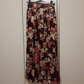 マーキュリーデュオ(MERCURYDUO)のシャイニーサテンフラワープリントスカート(ロングスカート)