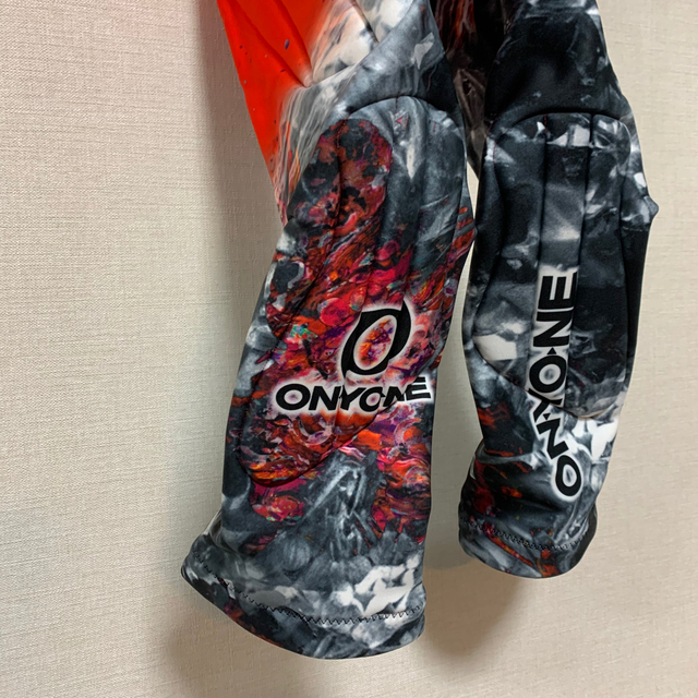 ONYONE(オンヨネ)のオンヨネ スキー  ワンピース(150cm)美品 スポーツ/アウトドアのスキー(ウエア)の商品写真